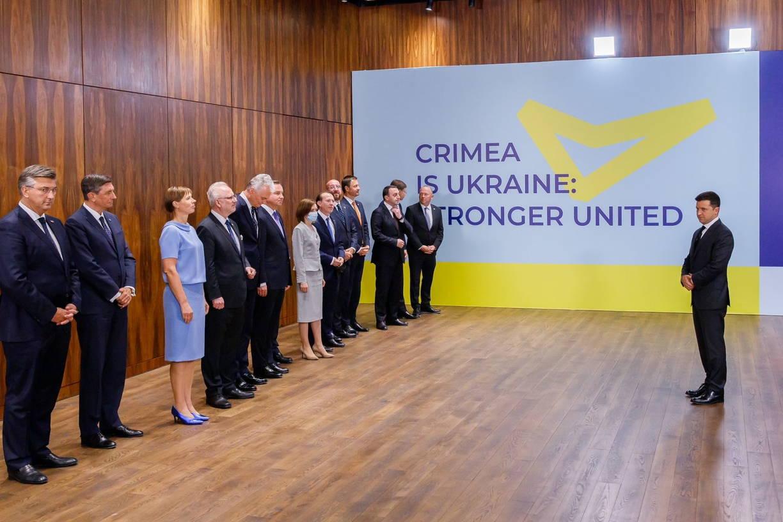 premer-ministr-florin-kycu-nagrazhdennyj-prezidentom-ukrainy-SERJMIN1